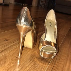 Metallic Open Toed Platform Stilettos